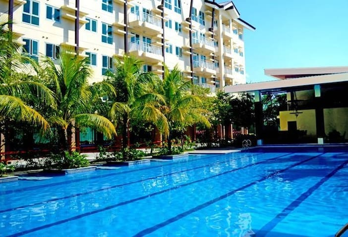 The Rochester Hillcrest Condominium in Pasig