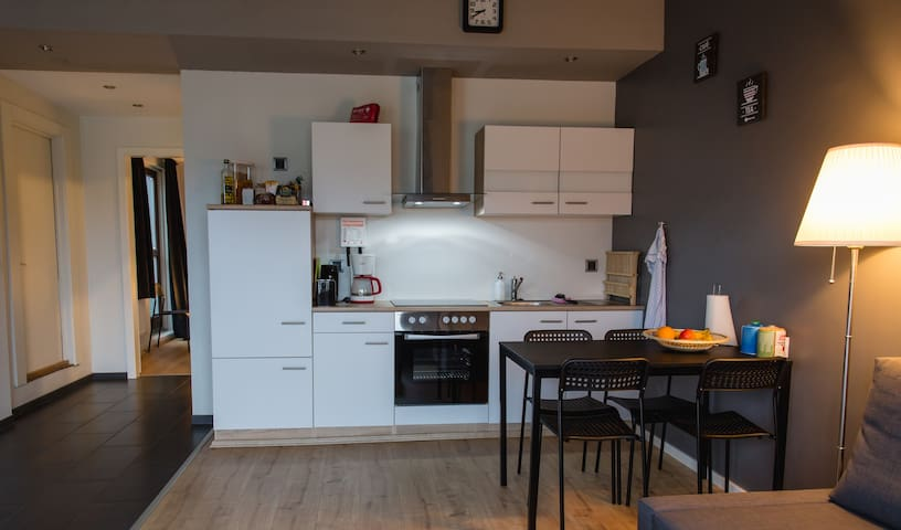 Sunny apartment in KEF. Near INTL. Airport