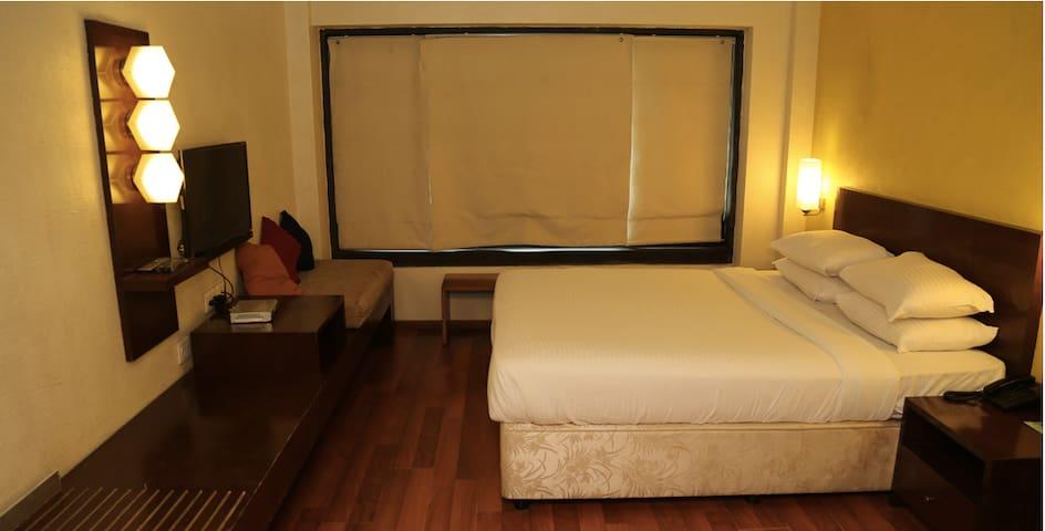 Private Room in Santacruz East - Bombay - Bed & Breakfast