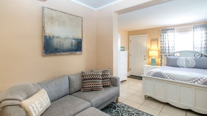 Ground Floor San Rafael Charmer Suite - unit 352