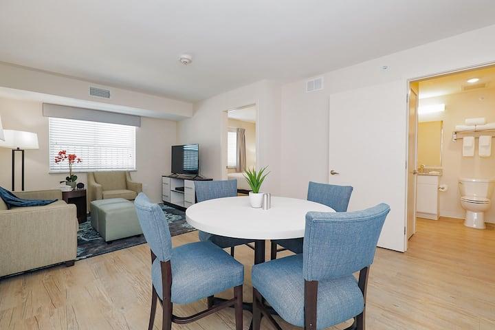 2 Bedroom Space, Comfort, Service!
