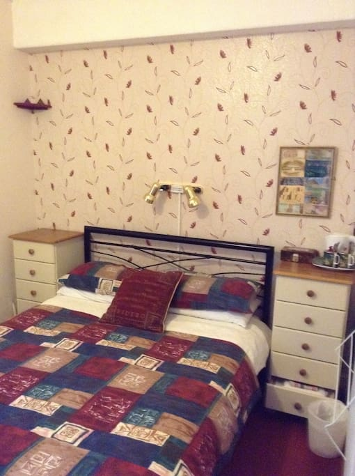 Double Ensuite (Airbnb Room 3 )