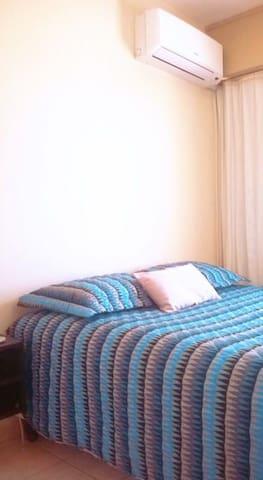 Apto com suíte e internet de 50 Mega - Porto Alegre - Apartamento