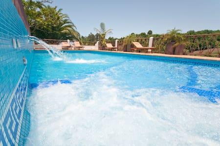 Ferienhaus mit pool (GC0003) - Moya