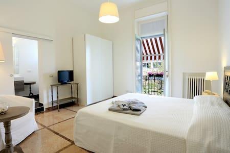 N15 Bed & Breakfast (Dune Room) - Gallarate - 住宿加早餐