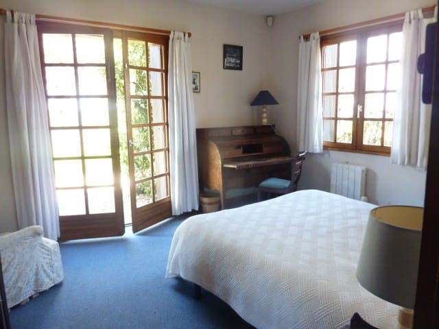 Chambre double du rez de chaussée