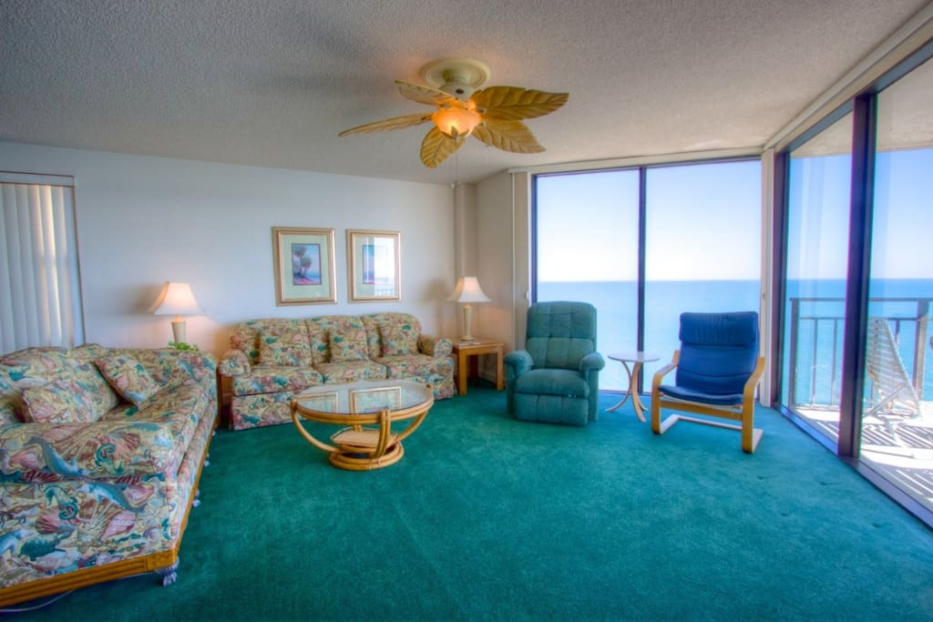 Surfmaster units are spacious, room for the family to enjoy vacation.