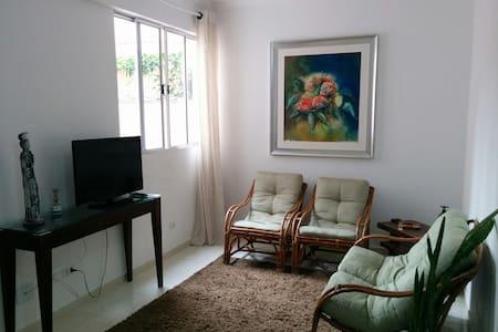 Apartamento 01 Privado no Centro de Lorena.