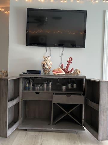 Dry bar underneath the family room TV
