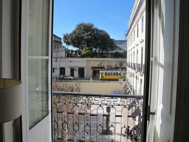 Apartment in Largo São Carlos