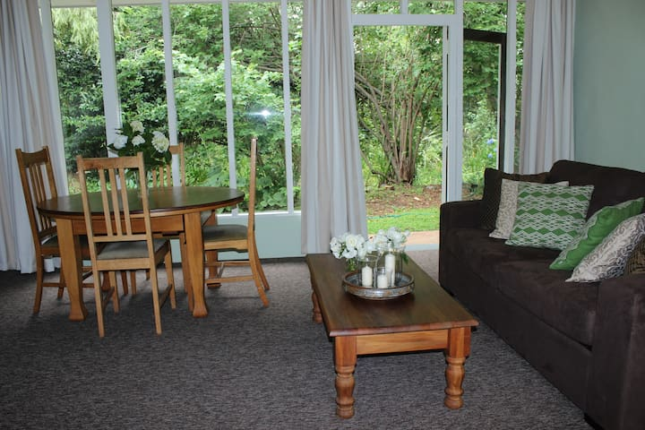 Bonniebrook Garden Accommodation - Renwick - Bed & Breakfast