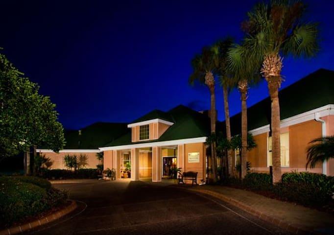 2 Bedroom Resort Suite - Sleeps 8