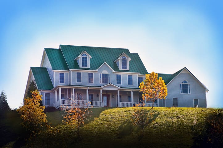 Shenandoah Gateway Farm B&B - Buchanan - Bed & Breakfast