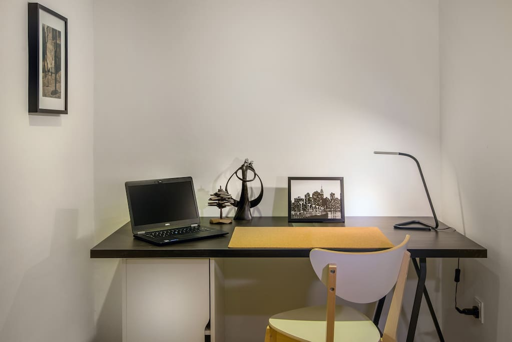 Work desk with table lamp and 100Mbps Wifi  Internet