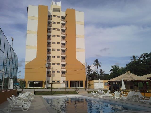 SALVADOR PRAIA DE GUARAJUBA LITORAL - Camaçari - Apartmen