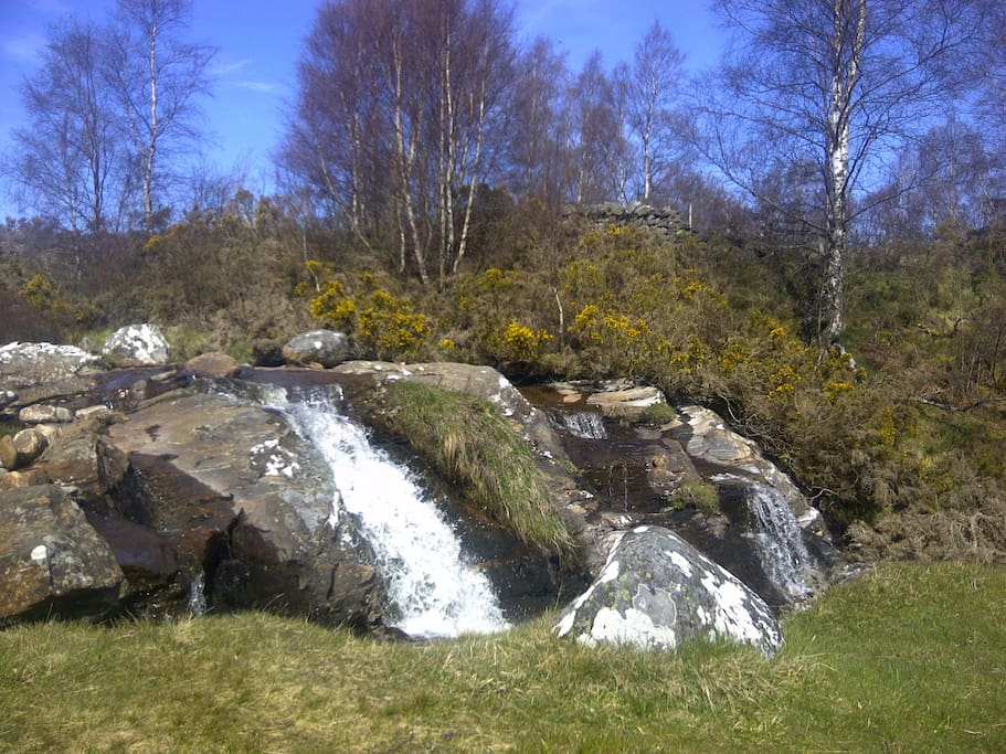 Waterfalls 400m from cottage