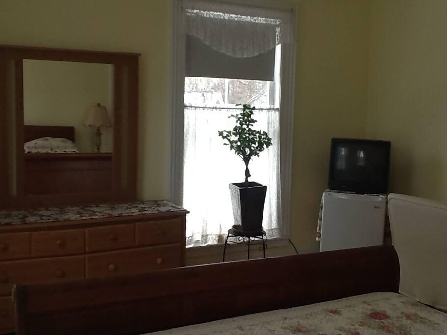 Dresser - Frig - and TV