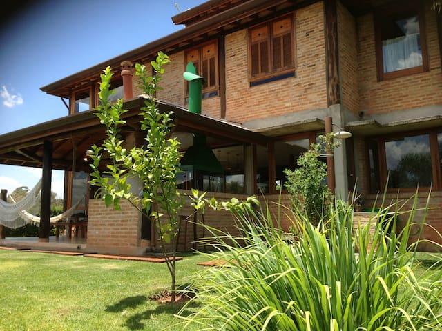 LINDA NA REPRESA - PISCINA/LAREIRA - Ibiúna - Rumah