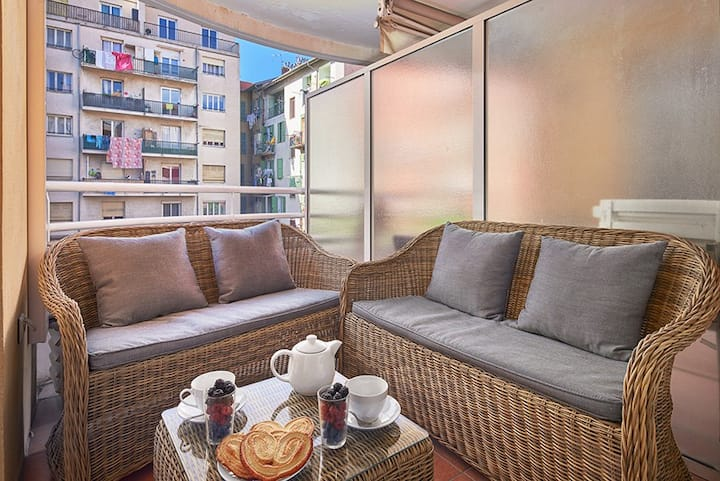 Le Bon'apart: 1 bedroom, A/C, balcony, parking