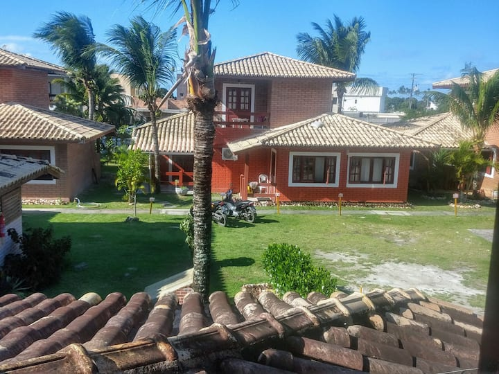 Casa duplex com vista pro mar! Em condomínio !