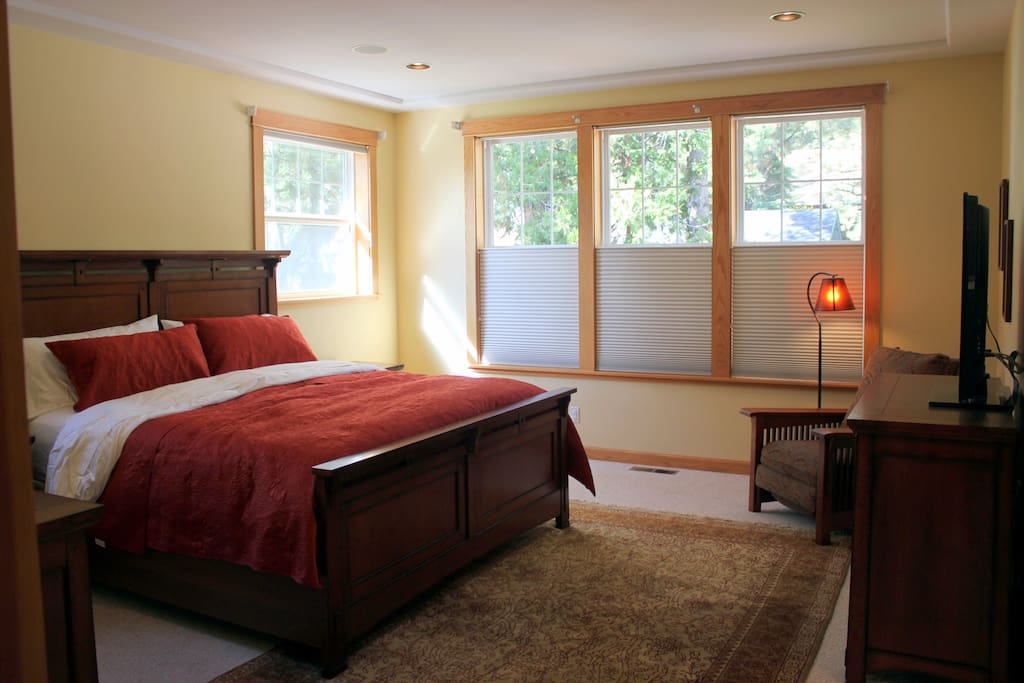 Upstairs Master Bedroom has King bed and ensuite bathroom