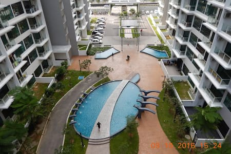 2 BR apartment adjacent to Tesco with free parking - Johor Bahru