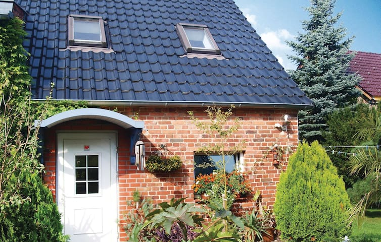 Holiday cottage with 1 room on 70 m² in Berkenbrück