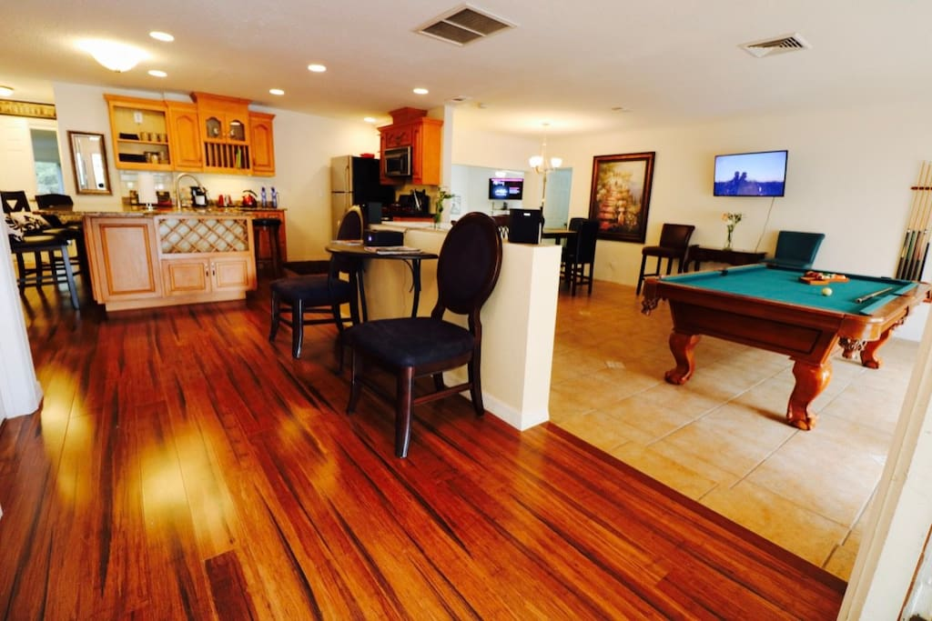 Pool table, fully stocked kitchen, & much, much more for you to use
