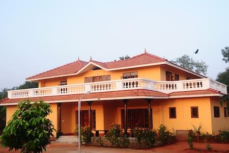 Huge Idyllic villa near Pondicherry - 旁迪切里(Puducherry) - 别墅