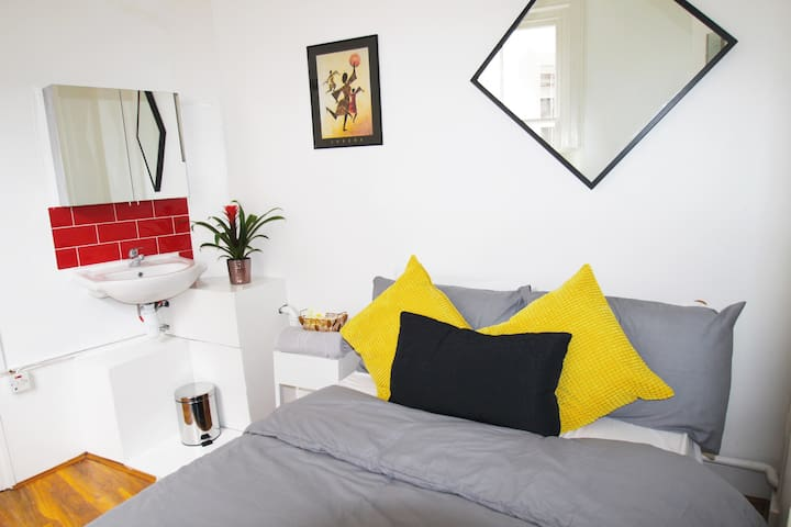 Luxury Room in Oxford Street Cetral London - London - House
