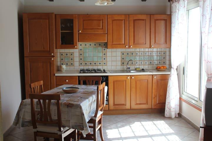 Villa Elia - Fontane Bianche - Appartement