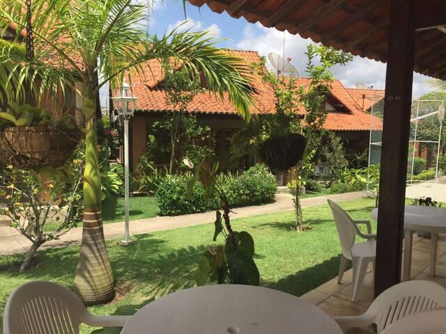 Belo Chalé de 4 quartos no Village da Mantiqueira - Gravatá - Casa