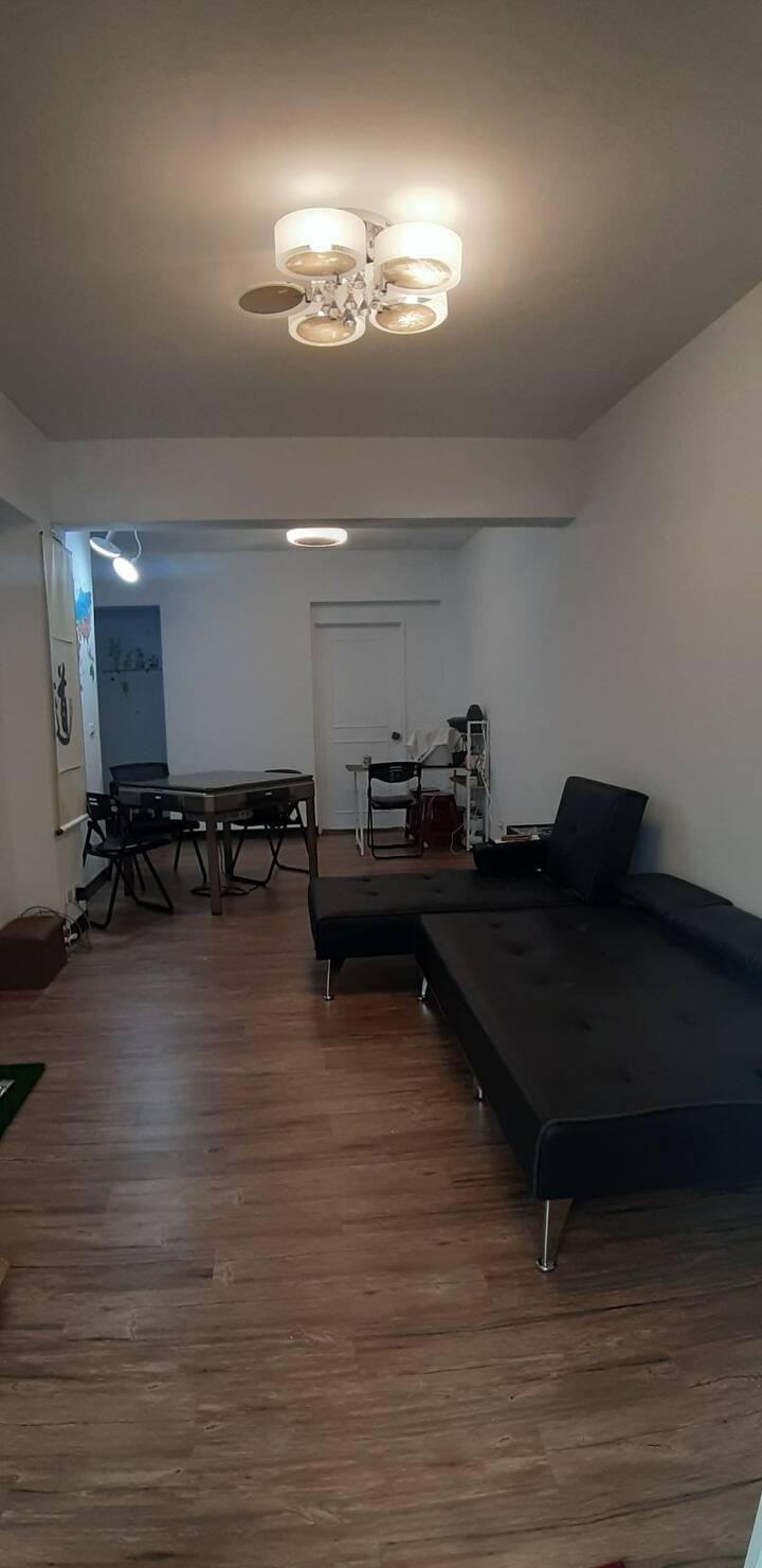 溫馨舒適的住房 空間寬敞 明亮舒適