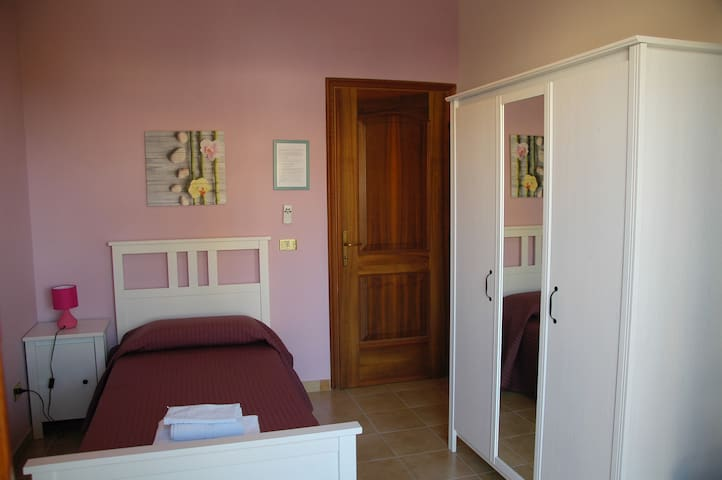 Le Anfore 3 - Marino - Bed & Breakfast