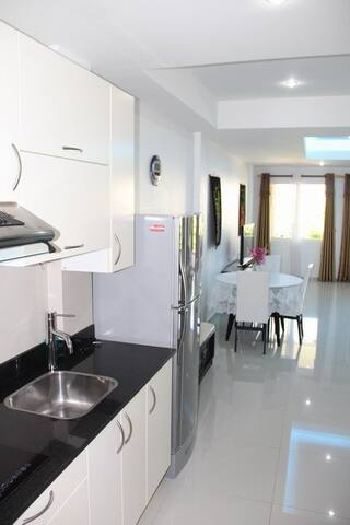 Luxury Studio Apart. Beach Front - Koh Chang - Apartemen