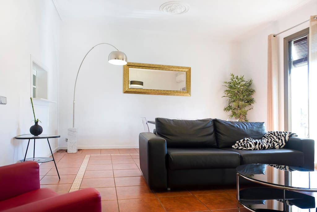 Fantastic design apartment elmolino appartements louer for Location appartement design barcelone