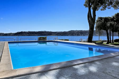 Amazing flat with pool by the lake - Salò
