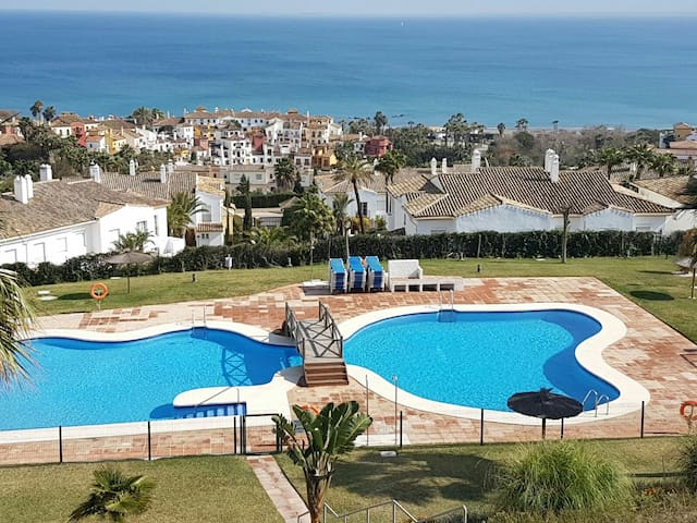 Penthouse Beach and Golf - La Alcaidesa - Inny