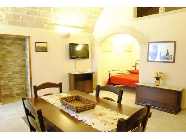 Oria (BR) Casetta Donnolo - Oria - House