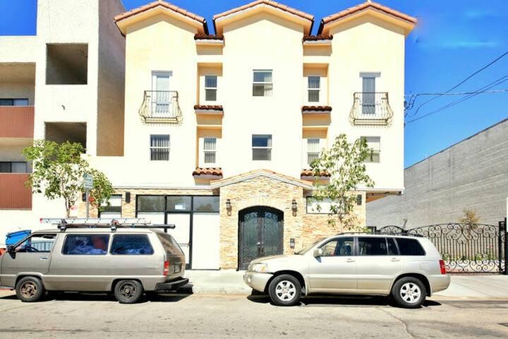 New 1 BR/1BA Super Comfortable Apt - Los Angeles - Wohnung