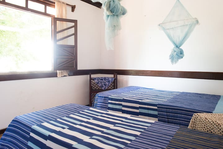Wonderful Beachfront Island Room 2 - Salinas da Margarida