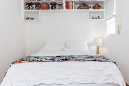 Perfect contained room - Johannesburg - Bed & Breakfast