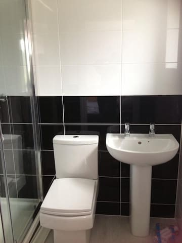Ensuite bathroom, with large walk in shower