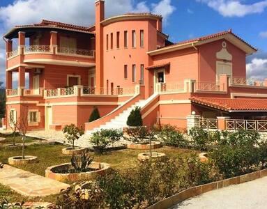 Villa Nadine - Gouvia - วิลล่า