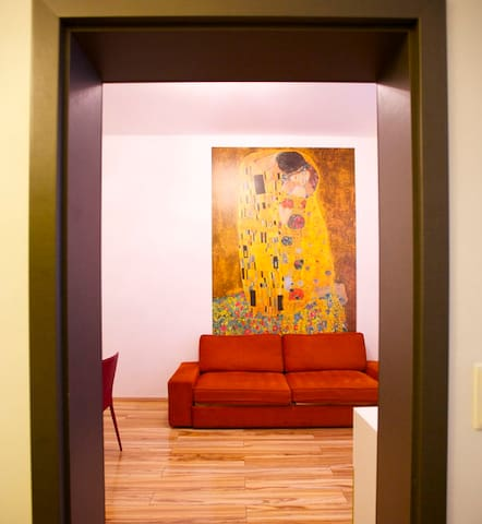 Klimt - Living room