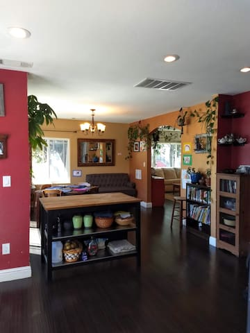 Family Home Summer Sublet