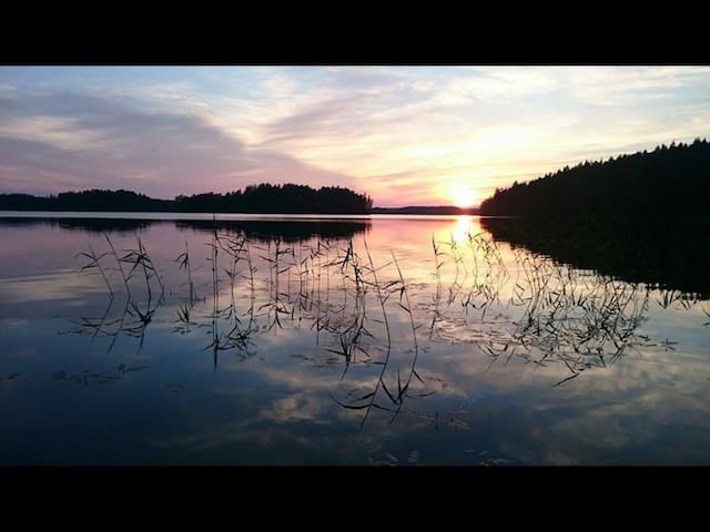 Sandviks Berry Bay Lakeside Retreat - Björnlunda - House