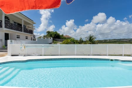 Studio Apartment with Pool in St Philip