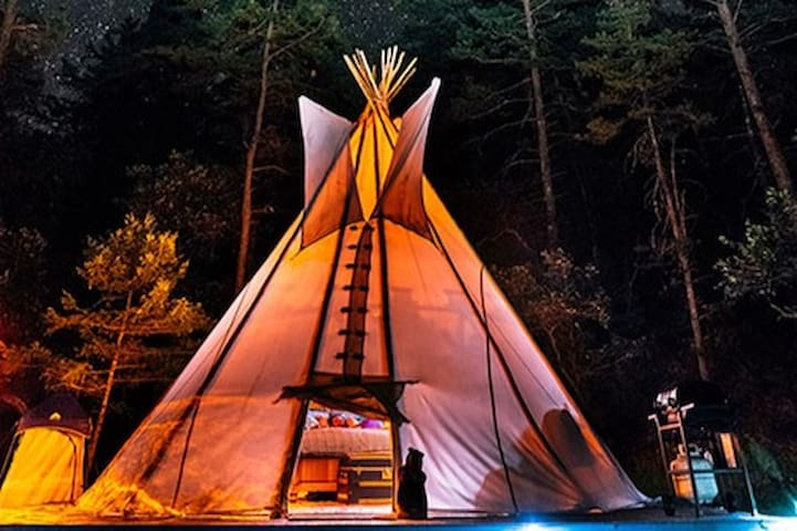 Glamorous Camping in Tipis and Treehouses