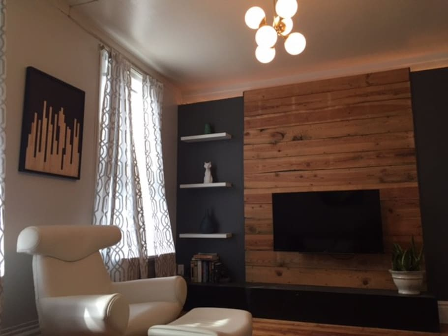Newly Renovated Modern 3 Bedroom Artist 39 S Flat